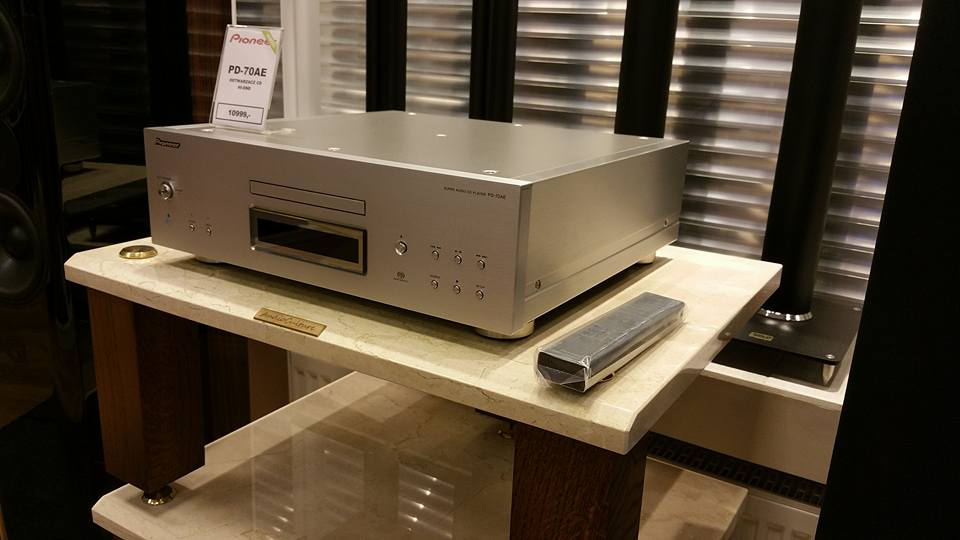 Stolik Audio SD-3 Marfil